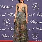 Рут Негга в рокла на Valentino