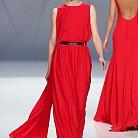 Рокля в червено от  Cristina Tamborero