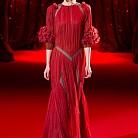 Рокля в червено от Ulyana Sergeenko