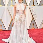 Хейли Стайнфелд  в рокля на Ralph & Russo