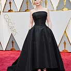 Кирстен Дънст в рокля Dior (Wearing Dior Haute Couture)