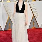 Мишел Уилямс в рокля на Louis Vuitton