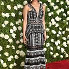 Eva Noblezada в рокля на Jonathan Simkhai