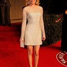 Елизабет Бенкс с рокля от Atelier Versace