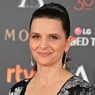 Жулиет Бинош, 52 години